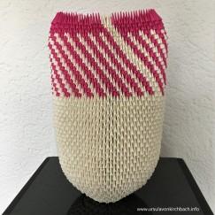 papierobjekt pink rück